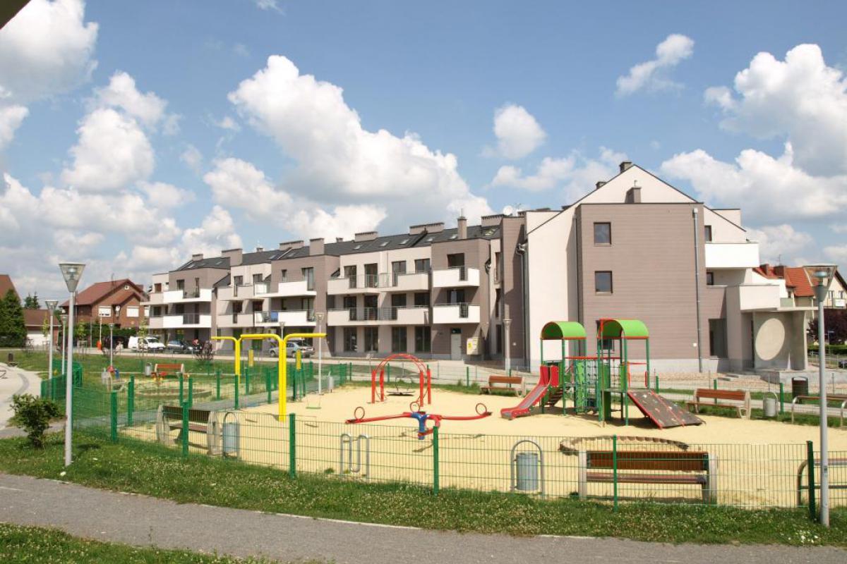 Konwaliowe Zacisze - Bielany Wrocławskie, ul. Konwaliowa, SANBET FABRYKA BETONU W., S. Piotrowscy Sp. J. - zdjęcie 1