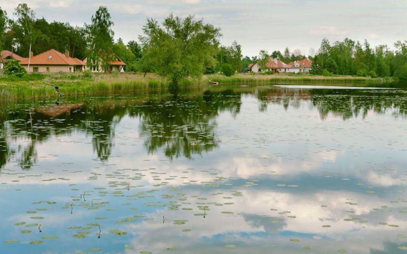 Osiedle Błękitny Staw w Biedrusku - Biedrusko, ul. Zjednoczenia 1, Osiedle Błękitny Staw w Biedrusku - Novum Plus - zdjęcie 1