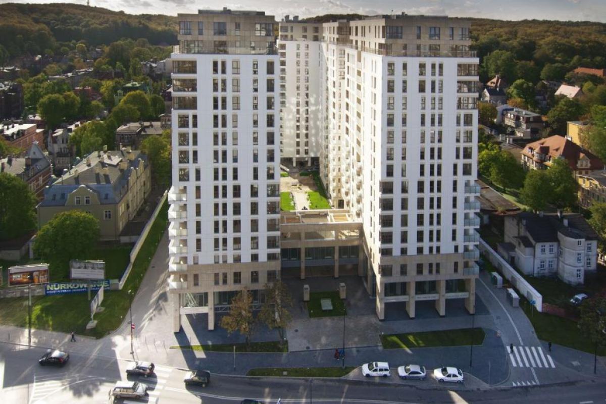 Quattro Towers - Gdańsk, Piecki - Migowo, ul. Partyzantów 8-14, Hines Polska Sp. z o.o. - zdjęcie 2