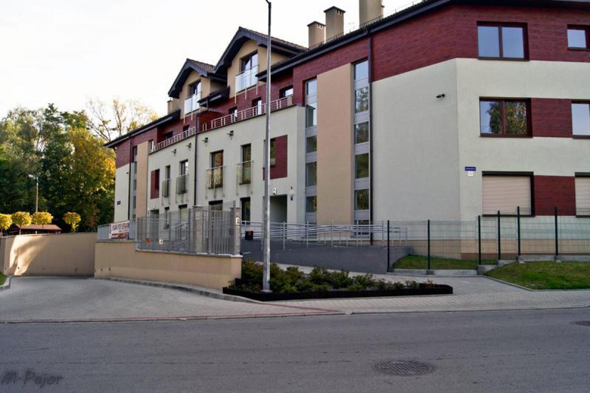 Polana Pod Sosnami - Kraków, Łagiewniki, ul. Szczerbińskiego 1 , Eko Park S.A. - zdjęcie 1