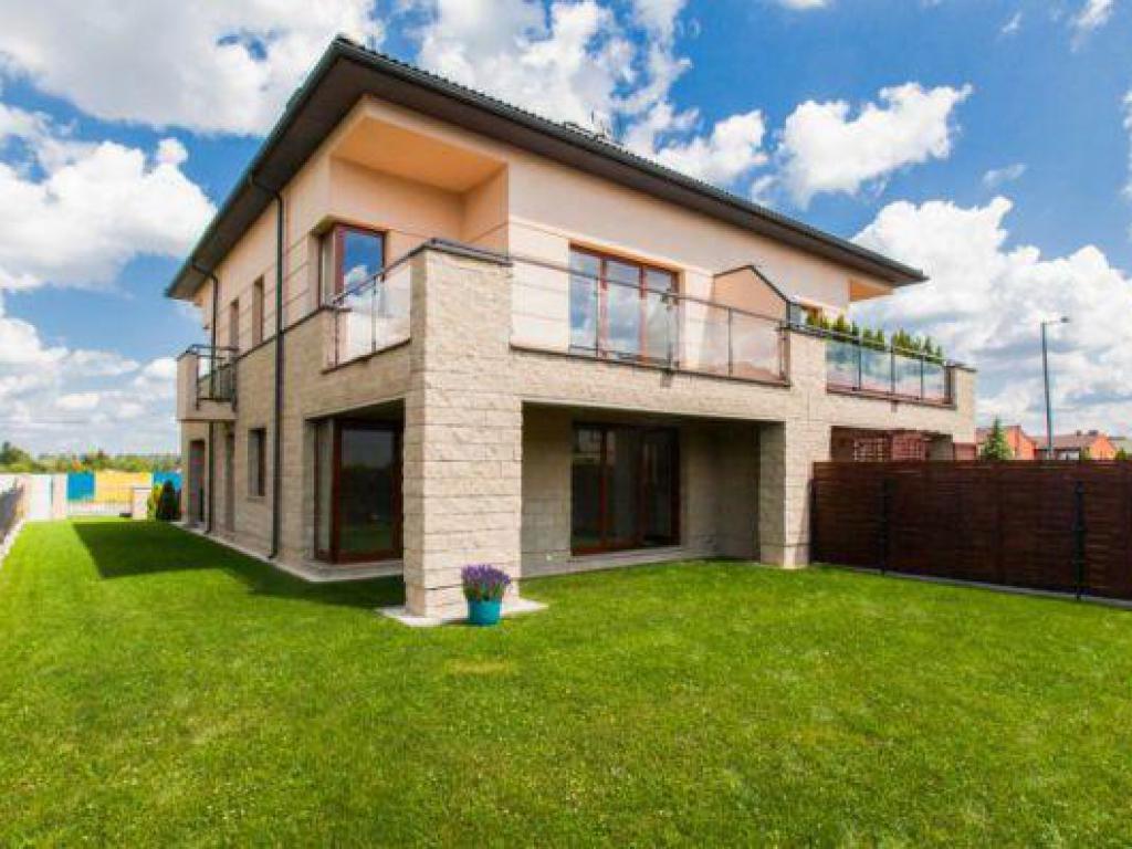 domy Borówki 19